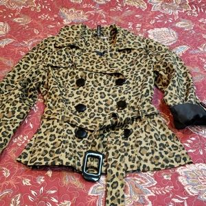 CHIC Double Breasted Short Leopard Trench